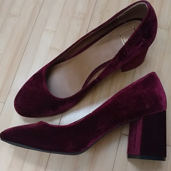 special selection of find workmanship online store Burgundy velvet block heel pumps NWOT